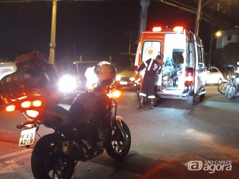 Colisão entre moto e picape deixa uma pessoa ferida no Jockey Clube - Crédito: Luciano Lopes