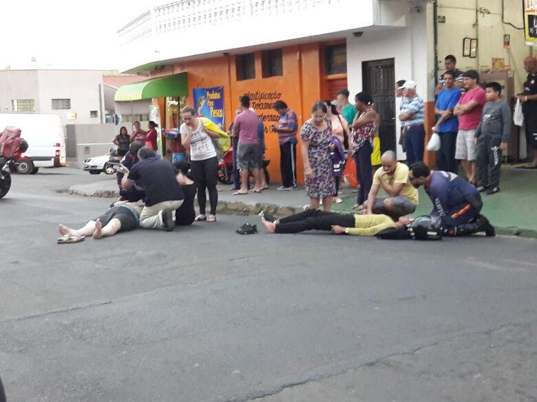 Idosa é atropelada por moto no Jardim Tangará - Crédito: São Carlos Agora