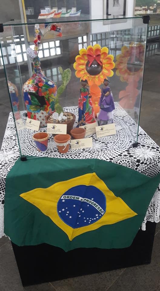 Biblioteca Comunitária da UFSCar apresenta exposições de pinturas, desenhos e artesanatos - Crédito: Divulgação