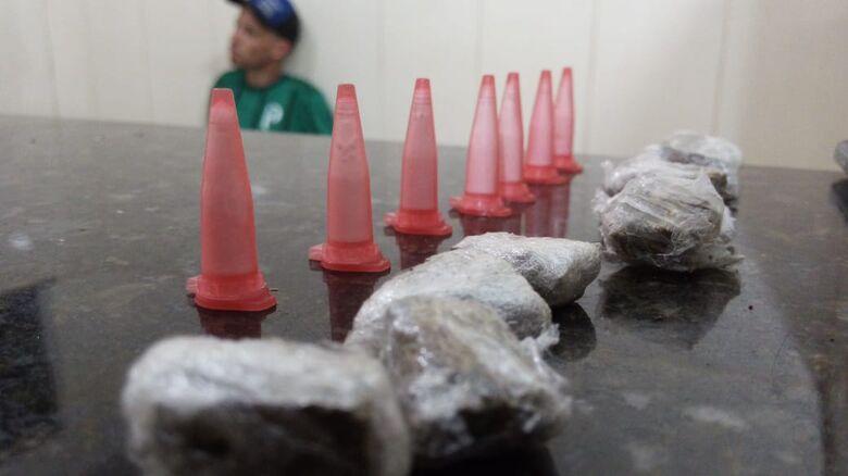 Polícia apreende homem por tráfico de drogas no Santa Angelina -