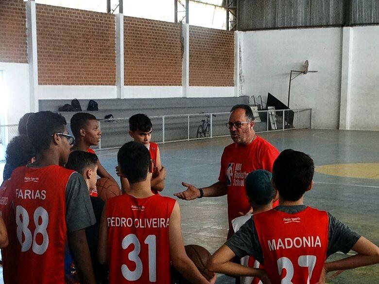 Basquete de São Carlos sonha com medalha nos Jogos Regionais - Crédito: Marcos Escrivani