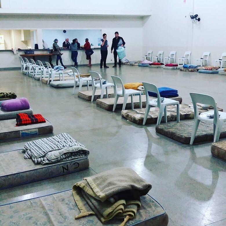 Ação solidária da Igreja São João Batista atende 40 moradores de rua - Crédito: Divulgação