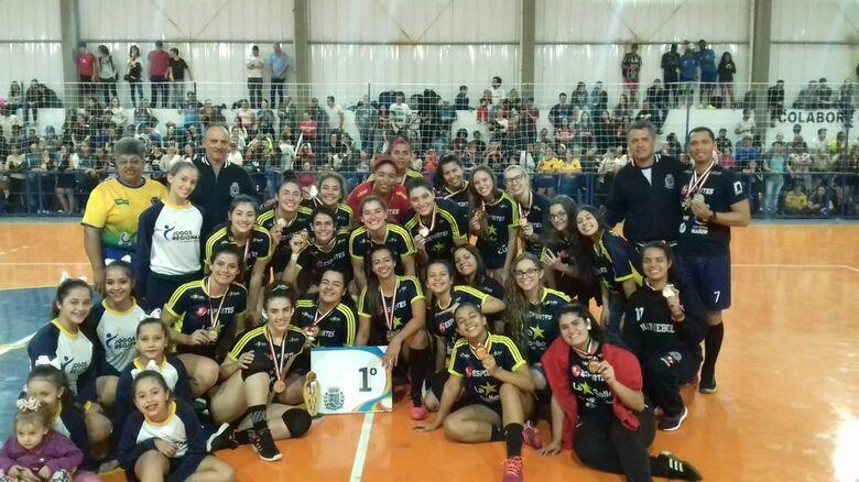 Handebol de São Carlos ficou em primeiro lugar mais uma vez nos Jogos Regionais de Botucatu - Crédito: Divulgação