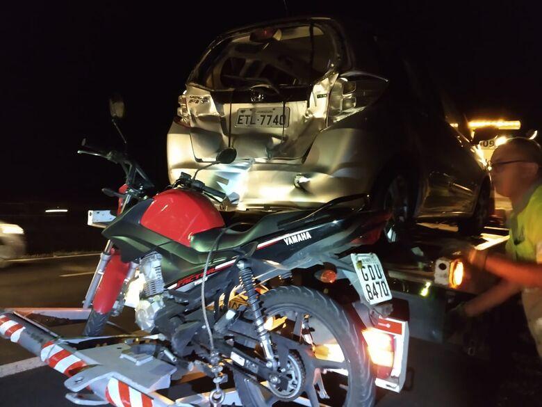 Motociclista perde controle e acidente gera engavetamento na rodovia Washington Luiz - Crédito: Luciano Lopes/São Carlos Agora