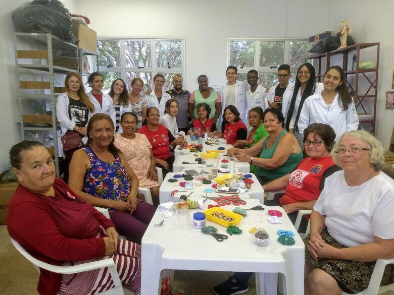 Projeto social no Centro da Juventude Elaine Viviani recebe visita da USF E UFSCar - Crédito: Divulgação