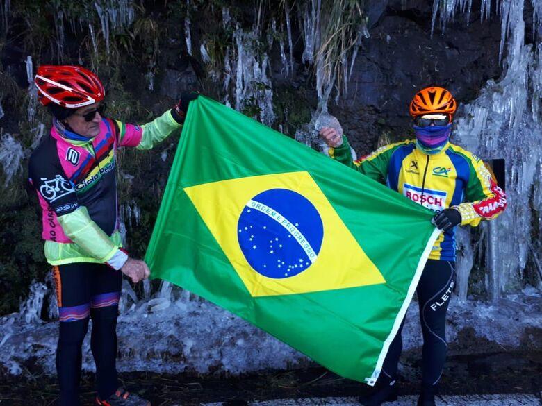 Ciclistas são-carlenses enfrentam temperatura negativa em Santa Catarina - Crédito: Divulgação