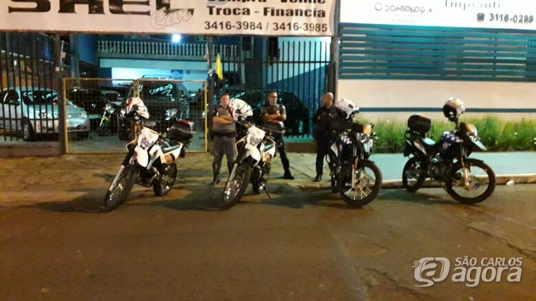 Guarda Municipal, Polícia Militar e agentes de trânsito realizam operação na Rua Larga - Crédito: Divulgação