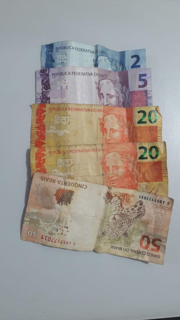 Após entrar em vias de fato com pedreiro, ladra furta carteira, foge e é detida pela PM - Crédito: Maycon Maximino