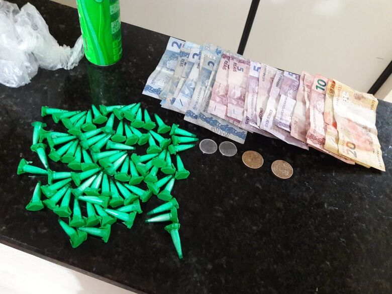 Jovem é detido com cocaína na Vila Jacobucci - Crédito: São Carlos Agora