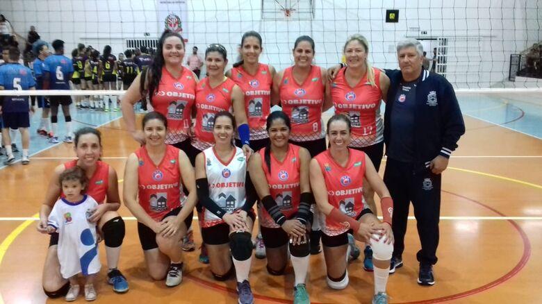 AVS/Objetivo/InHouse/Smec ignora anfitriãs e estreia com vitória nos Regionais - Crédito: Miltinho Marchetti