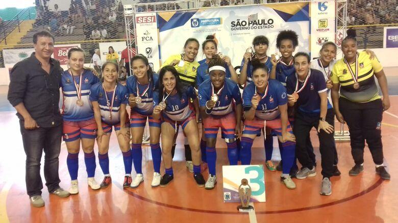 Na superação, futsal feminino leva o bronze após virada minuto final - Crédito: Miltinho Marchetti
