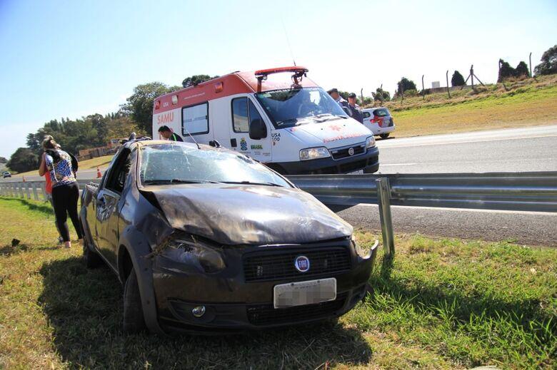 Idoso capota carro na rodovia, sofre parada cardíaca e morre na Santa Casa - Crédito: Marco Lúcio
