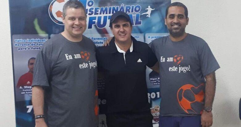 Técnico são-carlense busca atualização e novos conhecimentos em Seminário de Futsal - Crédito: Marcos Escrivani