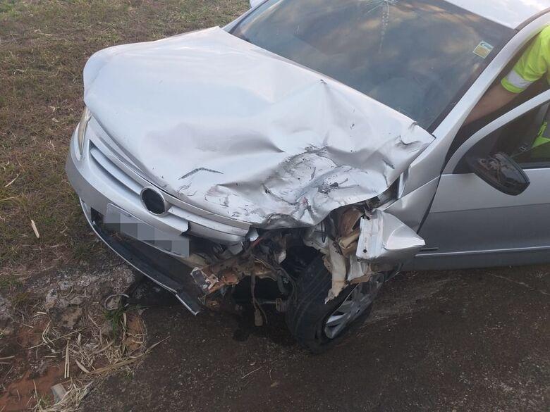 Mulher fica em estado grave após violento acidente na Washington Luís - Crédito: Divulgação