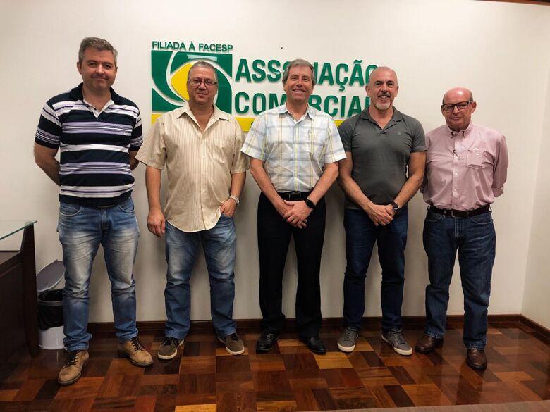 Acisc doa câmeras para monitoramento do comércio de São Carlos - Crédito: Divulgação