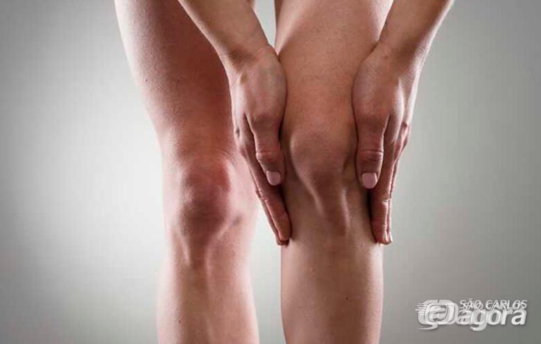 Pesquisa da UFSCar trata pacientes com dor no joelho - Crédito: Divulgação
