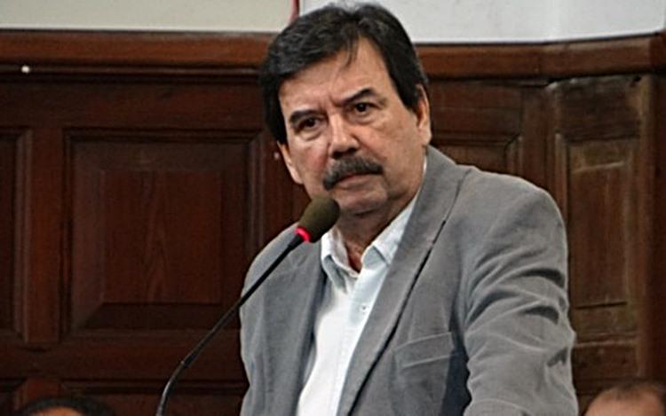 Justiça determina bloqueio de bens do ex-prefeito Melo e ex-secretários - Crédito: Divulgação