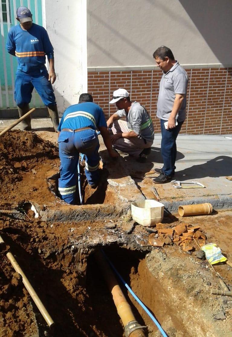 Malabim acompanha troca das redes de ligação de água no Romeu Tortorelli - Crédito: Divulgação