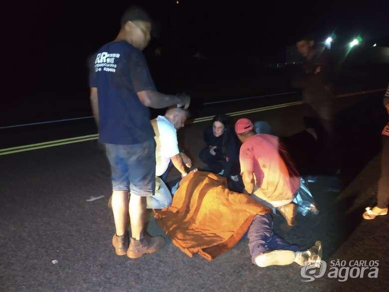 Morre homem que foi atropelado por carro na SP-215 -