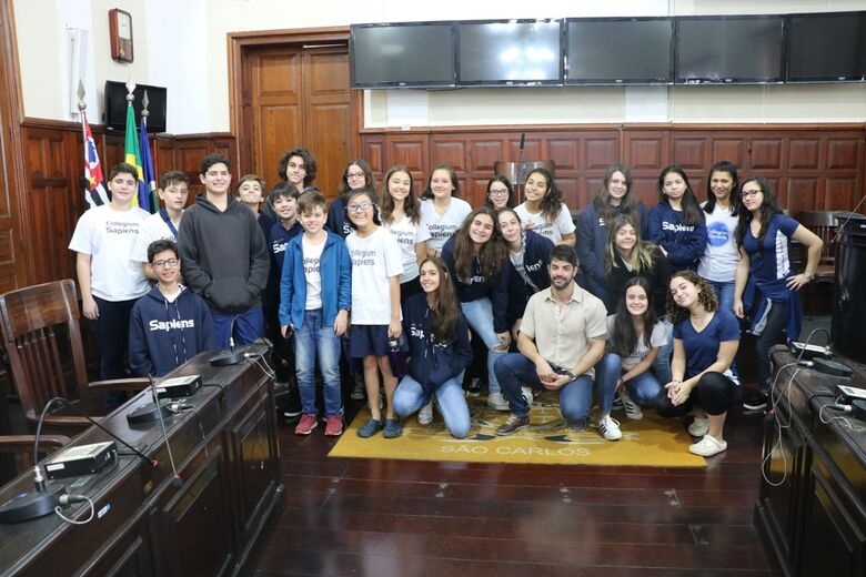 Alunos do ensino fundamental participam do projeto Visite a Câmara - Crédito: Divulgação