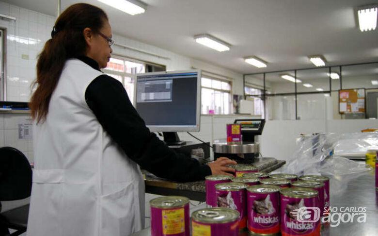 Em São Carlos, Ipem-SP fiscaliza produtos veterinários - Crédito: Divulgação