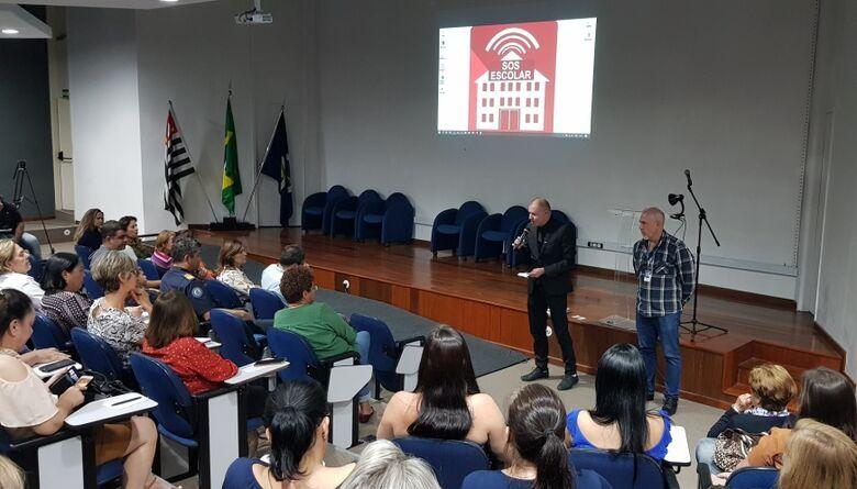 SOS Escolar é apresentado para profissionais da educação -