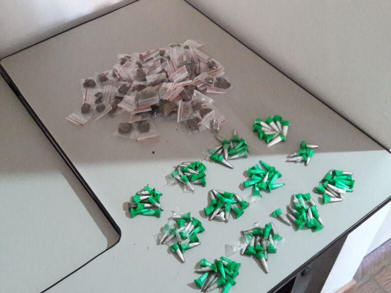 PM encontra drogas em apartamento no CDHU - Crédito: Maycon Maximino