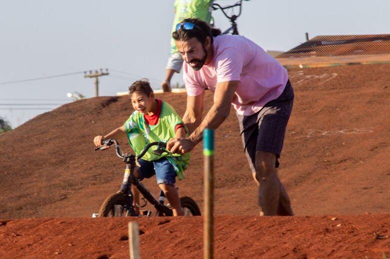 Festa no Botafogo comemora um ano da pista de bicicross - Crédito: Flor Carrizo