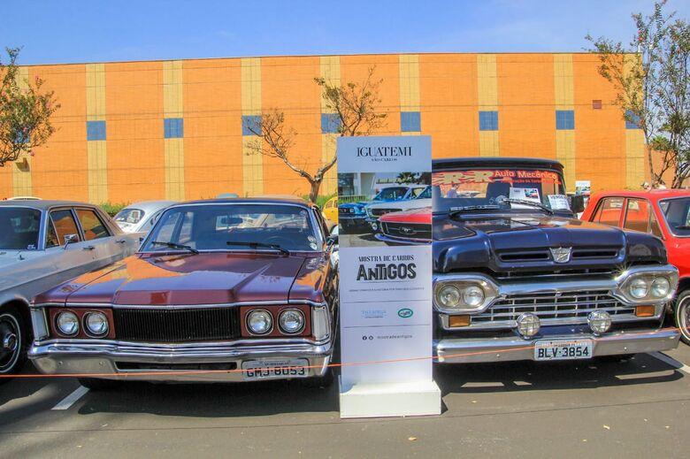 4ª Mostra de carros antigos agitou São Carlos neste fim de semana - Crédito: Marco Lúcio