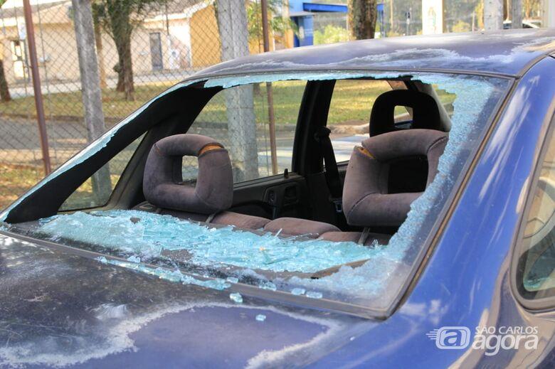 Homem é detido após danificar carro do vizinho - Crédito: Marco Lúcio