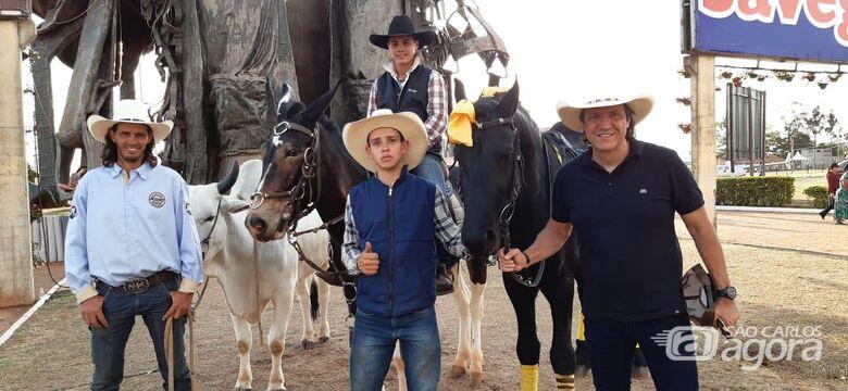 Touro adestrado Nero é uma das atrações em Barretos - Crédito: Divulgação