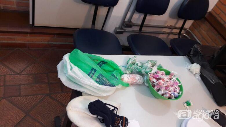 Dupla é flagrada com entorpecentes no Gonzaga - Crédito: Divulgação