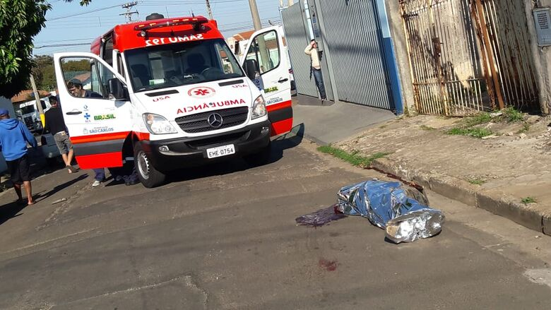 Homem é morto a facadas na Vila Isabel - Crédito: Maycon Maximino