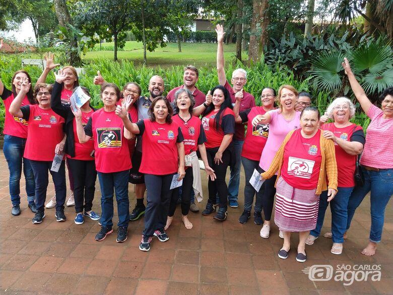 """Integrantes do projeto de Convivência da Melhor Idade do """"Elaine Viviani"""" visitam a Fazenda do Pinhal - Crédito: Divulgação"""