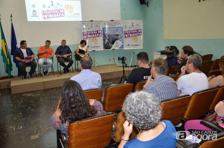 """Debate sobre """"Utilização da fotografia como forma de conhecimento"""" abre o 1º Festival de Fotografia São Carlos -"""