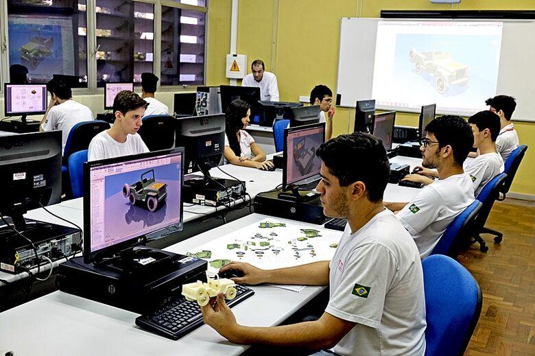 Relação entre tecnólogo e redução de custos nas empresas  é tema de evento gratuito no Senai São Carlos - Crédito: Divulgação
