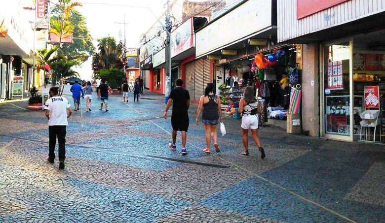 Prefeitura realiza abertura de propostas da licitação para readequação do calçadão - Crédito: Divulgação