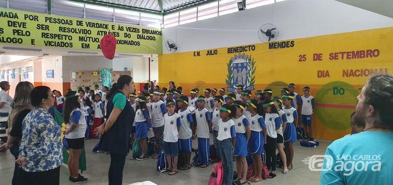 """E.M. """"Julio B. Mendes"""", em Ibaté, celebra Dia da Independência do Brasil - Crédito: Divulgação"""