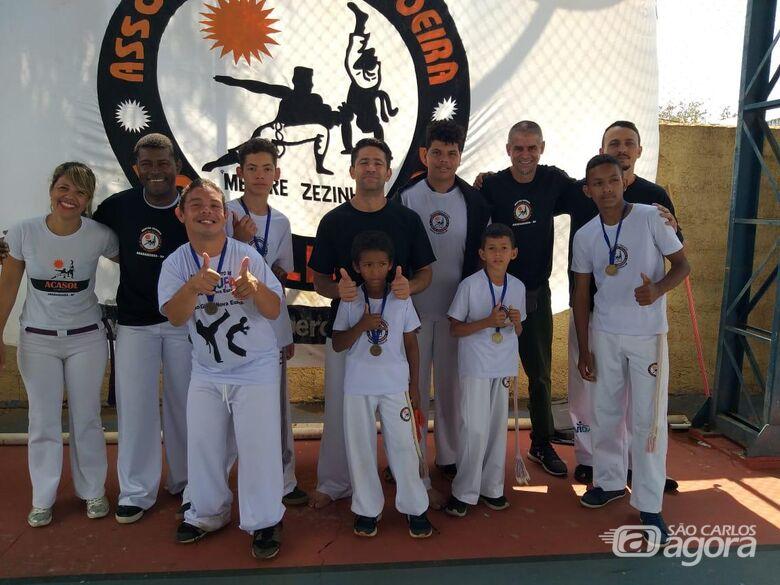 Vereador Malabim parabeniza grupo de capoeira Sol da Liberdade - Crédito: Divulgação