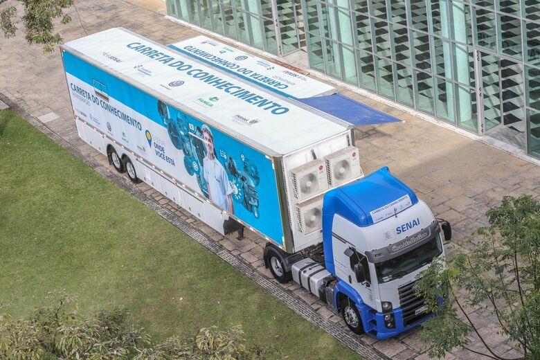 Carretas do Conhecimento da Fundação Volkswagen chegam a São Carlos - Crédito: Divulgação