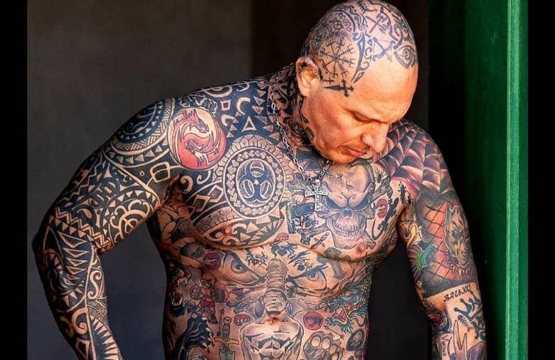 Professor de jiu-jitsu, são-carlense busca o título de Mister Tattoo - Crédito: Divulgação