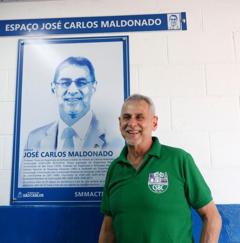 José Carlos Maldonado do ICMC-USP é homenageado pelo Projeto Ciência nas Escolas -