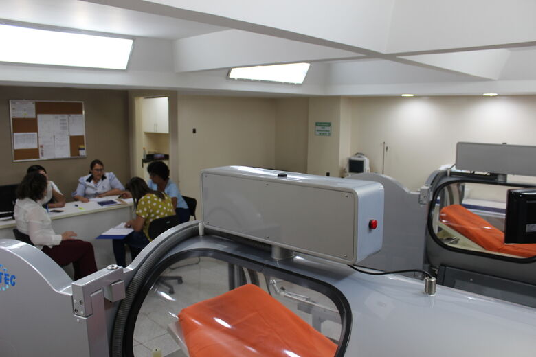 Santa Casa volta a receber pacientes para atendimento na Câmara Hiperbárica - Crédito: Divulgação
