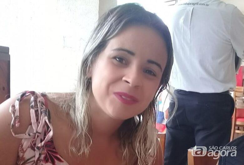 Corpo de mulher morta pelo marido será sepultado na tarde desta segunda-feira - Crédito: Arquivo Pessoal
