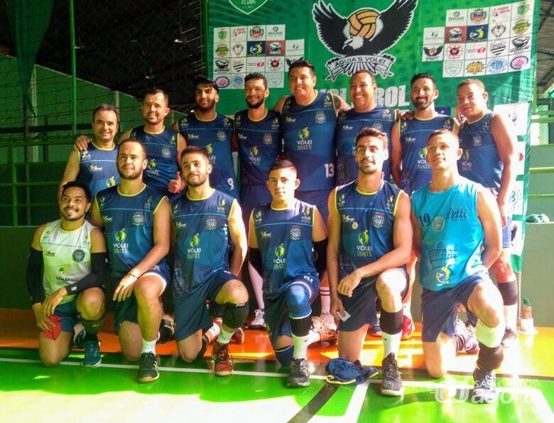 Voleibol ibateense vem se destacando em competições regionais e estaduais - Crédito: Divulgação