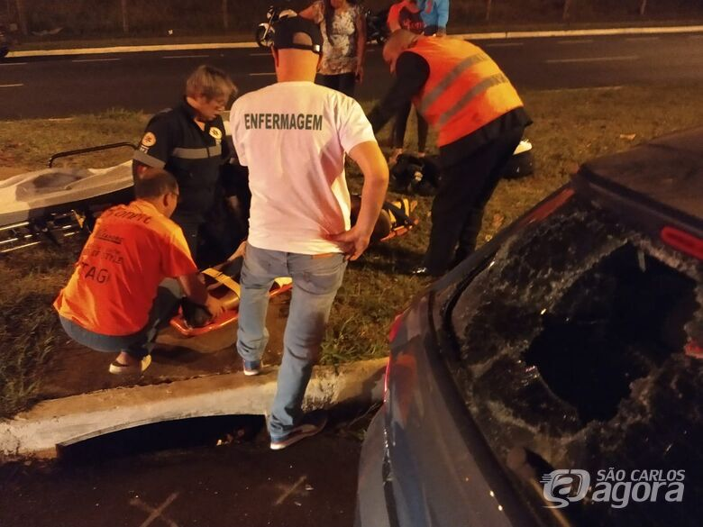 Motociclista fica ferido após bater em traseira de carro no Santa Felícia - Crédito: Luciano Lopes