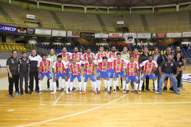 Com um time equilibrado, São Carlos Futsal busca classificação em Gavião Peixoto - Crédito: Joyce Fotografias