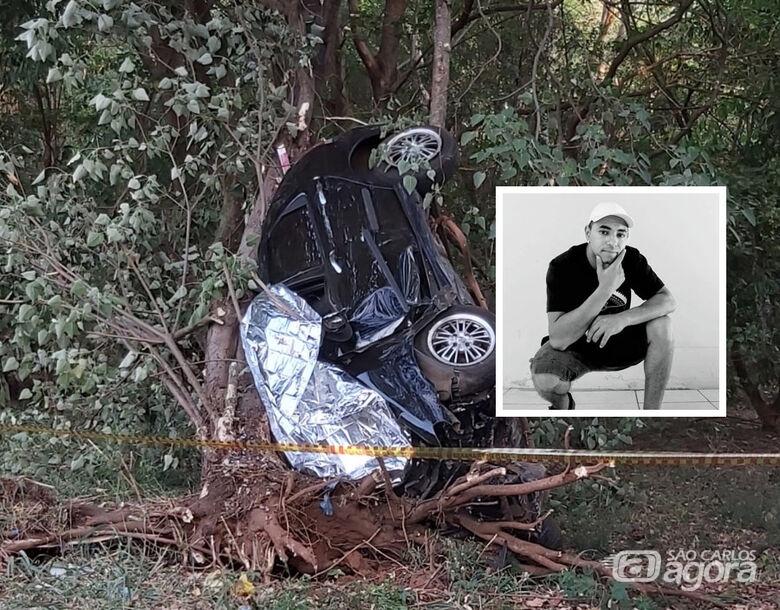 Sepultado corpo de jovem que sofreu violento acidente em Matão - Crédito: Fala Matão