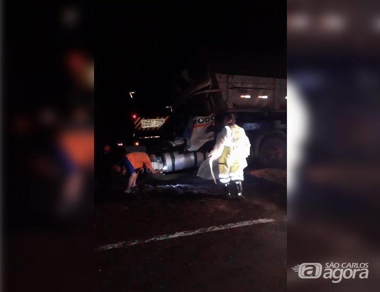 Vídeo mostra movimentação logo após acidente que matou motorista na SP-318 - Crédito: Reprodução