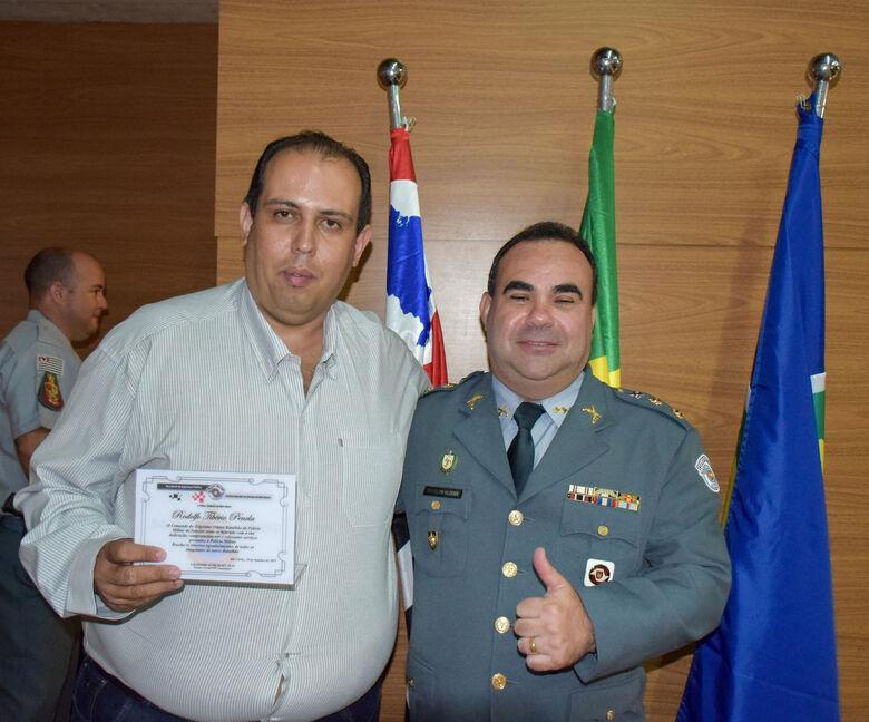 Diretor do departamento de fiscalização é homenageado pela Polícia Militar - Crédito: Jhony da Silva